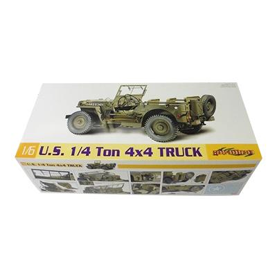 ドラゴン 1/6 アメリカ陸軍 1/4トン 4×4 小型汎用軍事車両