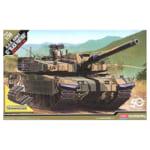 アカデミー 1/35 K2戦車 ブラックパンサー