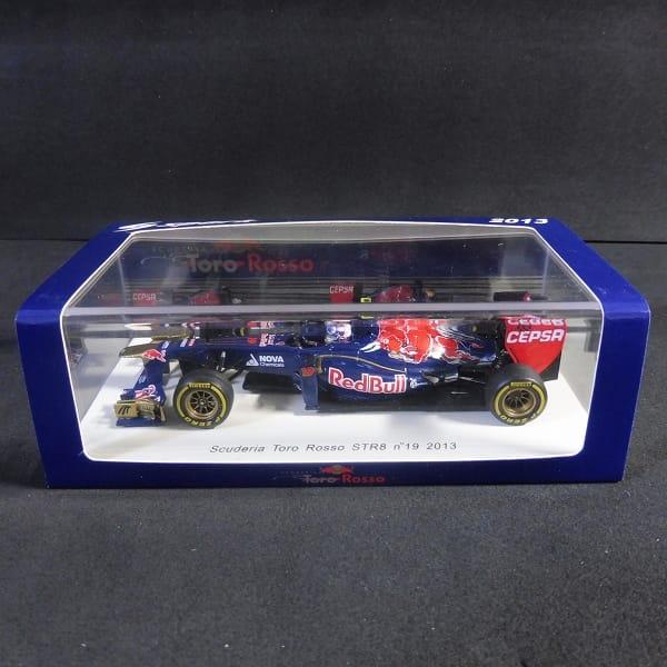 スパークモデル 1/43 Scuderia Toro Rosso STR8 n゜19