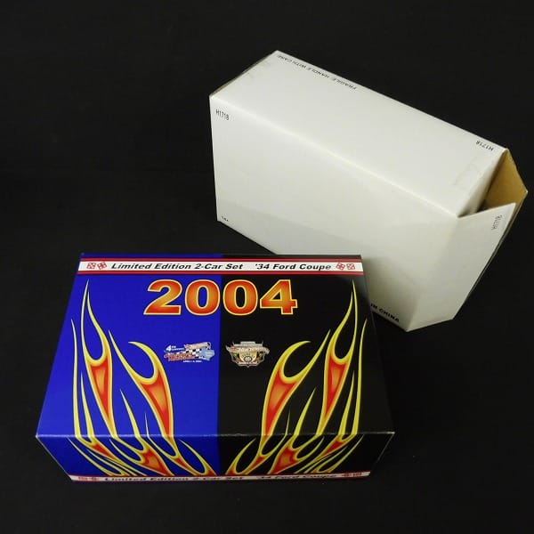 Hot Wheels 2004 CONVENTION '34 Ford Coupe 2car