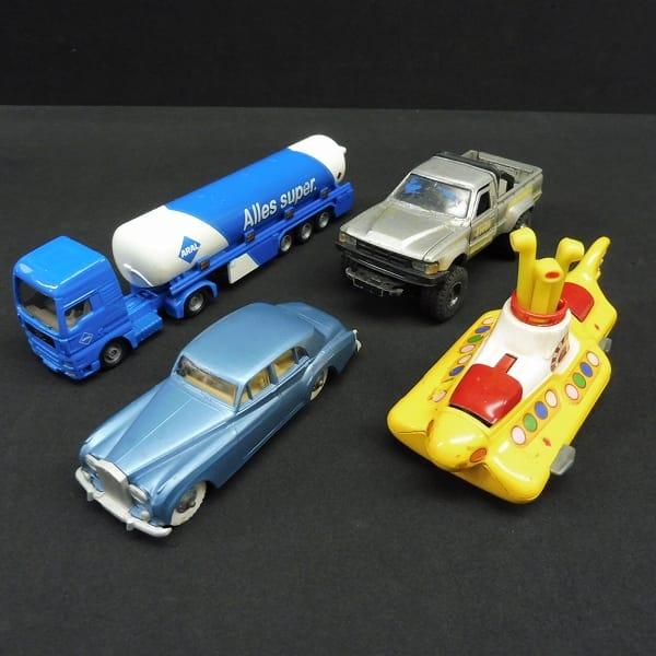 ビンテージ ミニカー ダイヤペッ ト ハイラックス 4WD他