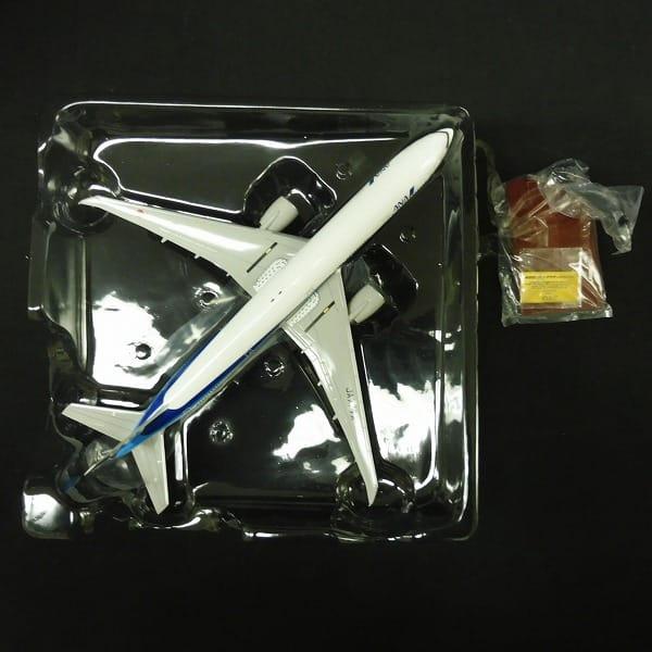 全日空商事 ANA 1/200 BOEING 777-300ER JA777A_2