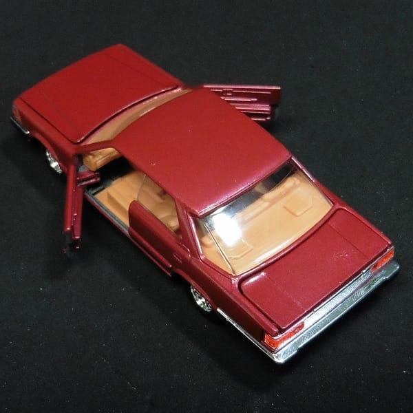トミカダンディ 日本製 セドリック 4ドア ハードトップ_3