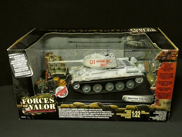 UNIMAX 1/32 FORCES OF VALOR ソビエト軍 T34/85 1944