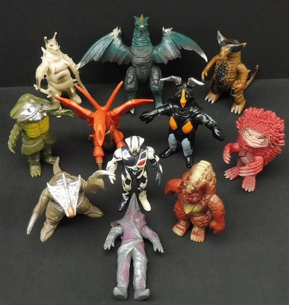 ウルトラ怪獣ソフビ 日本製 ゴモラ ピグモン 他