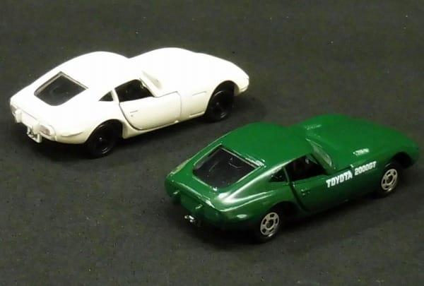 トヨタ博物館 特注 日本製 トミカ 2000GT 白 緑 / TAM_2