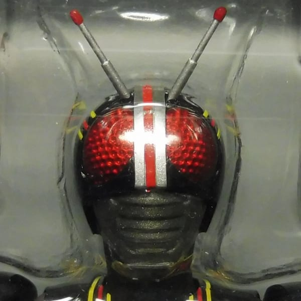 S.H.Figuarts シャドームーン 仮面ライダーBLACK_3