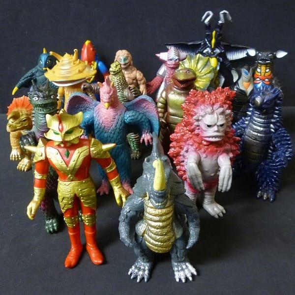ウルトラ怪獣 ソフビまとめて 日本製 カネゴン アギラ他_1