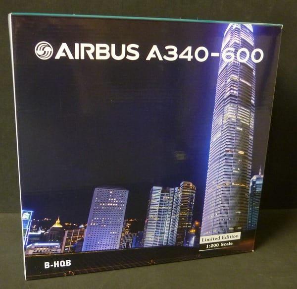 1/200 エアバスA340-600 キャセイパシフィック