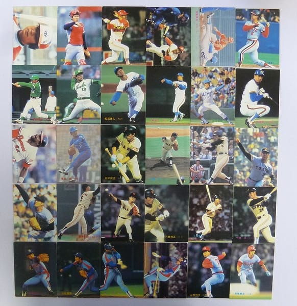 カルビー 当時物 プロ野球カード 83年 No.300~337 30枚