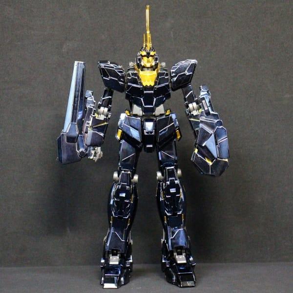 MG 1/100 完成品 バンシィ チタニウムフィニッシュVer. / UC