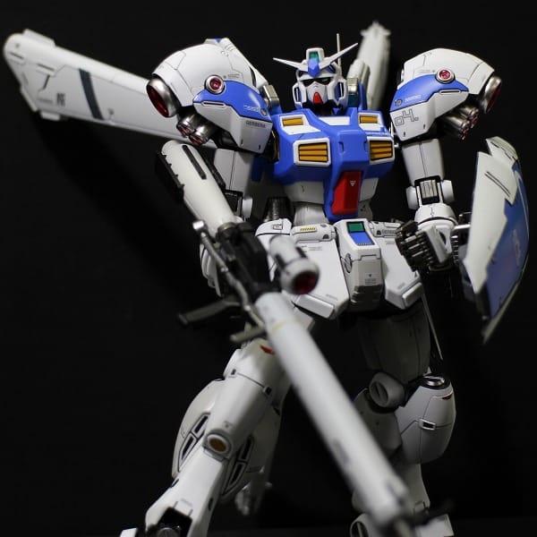 RE/100 ガンダム試作4号機 ガーベラ 塗装済完成品 / GP04G