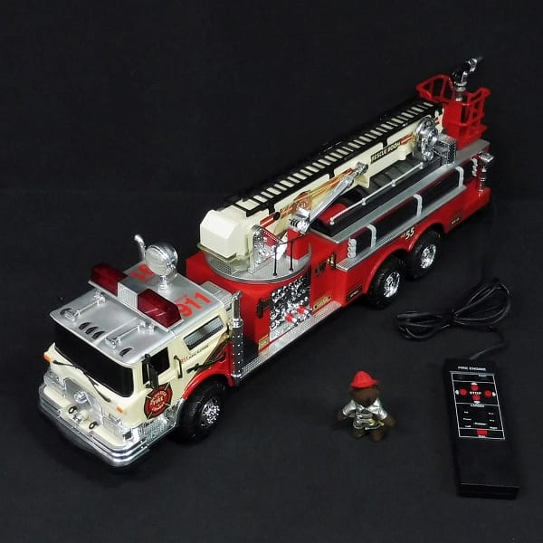 NEW BRIGHT はしご車 / 911 消防車 リモコン ラジコン