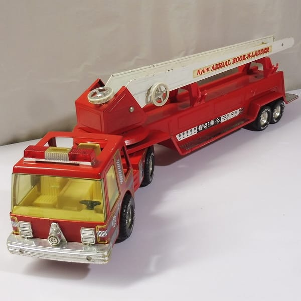 NYLINT AERIAL HOOK-N-LADDER /はしご車 消防車 ブリキ