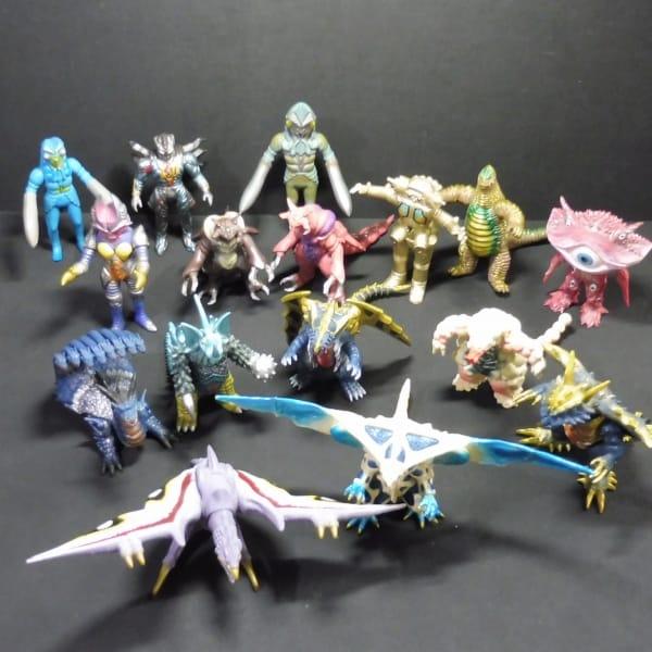 ウルトラ怪獣 ソフビ バルタン星人 レッドキング 等