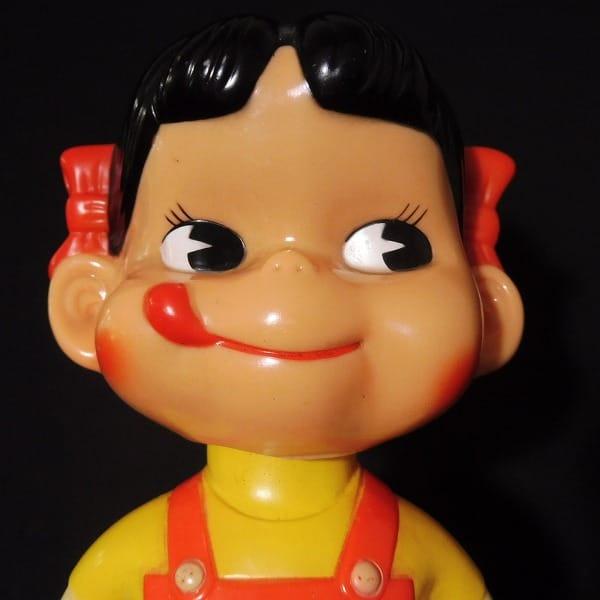不二家 首振り ペコちゃん 人形 非売品 / 昭和 レトロ