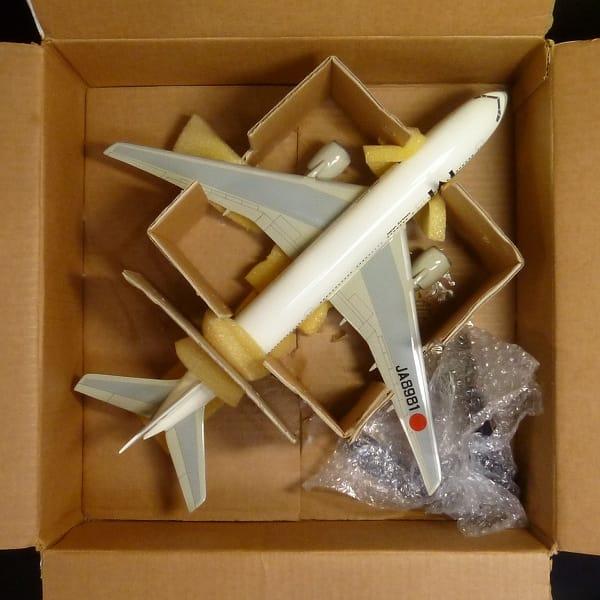 ガリバー 1/144 ボーイング 777-200 JAL JA8981 / 模型