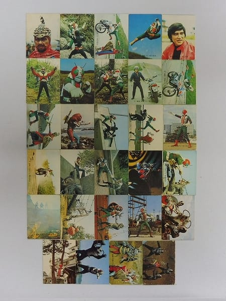 カルビー 当時物 旧 仮面ライダーV3 カード 257 - 379