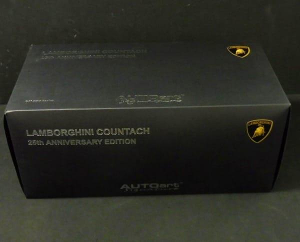 AUTOartシグネチャー 1/18 ランボルギーニ カウンタック