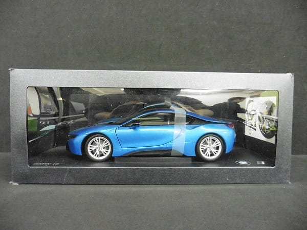 ディーラー特注 1/18 BMW i8 プロトニック ブルー