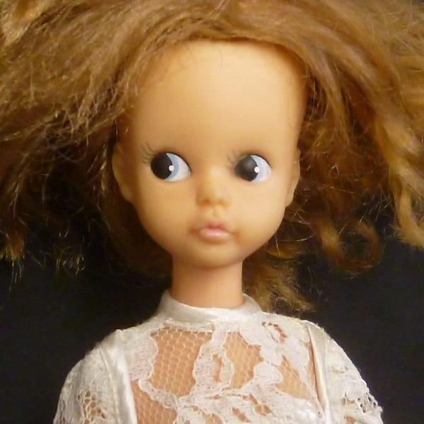 中嶋製作所 スカーレットちゃん 人形 本体 ドレス