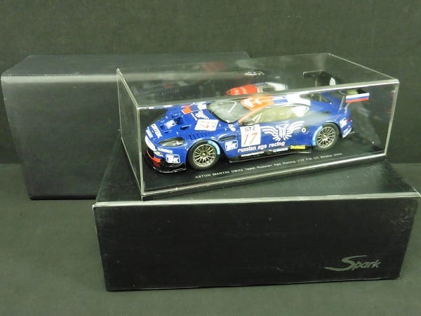 Spark 1/24 アストンマーチン DBR9 チーム ロシア 2005
