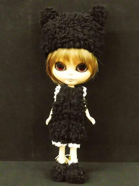 ネオブライス ホクロ有 黒猫洋服 赤目 栗毛 カスタム品