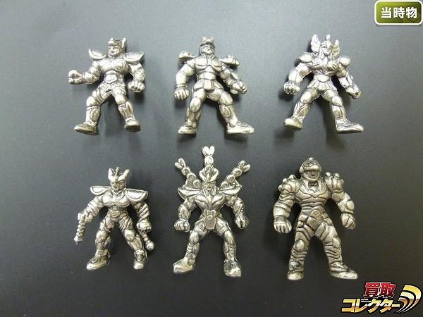 不二家 当時 聖闘士星矢 超 リアル 合金 人形 フィギュア 銀 黒