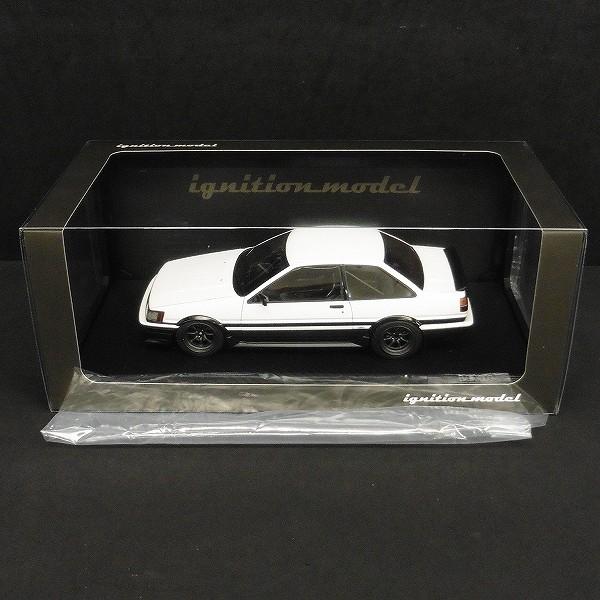 IG 1/18 トヨタ カローラ レビン AE86 2ドア GT Apax 白 / 黒_3
