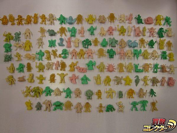 ロッテ ネクロスの要塞 消しゴム 人形 100体以上 金 有