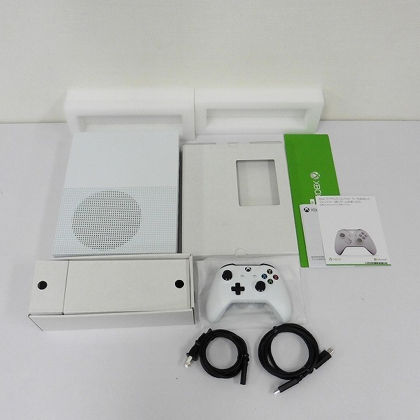 Xbox One S 1TB All Digital Edition_2