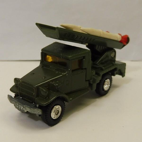 トミカ 黒箱 77 トヨタ自衛隊ロケット戦車 HQ15V型_2