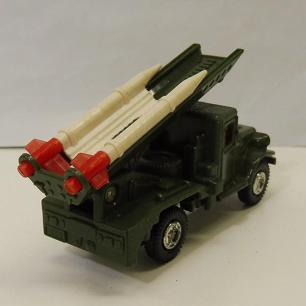 トミカ 黒箱 77 トヨタ自衛隊ロケット戦車 HQ15V型_3