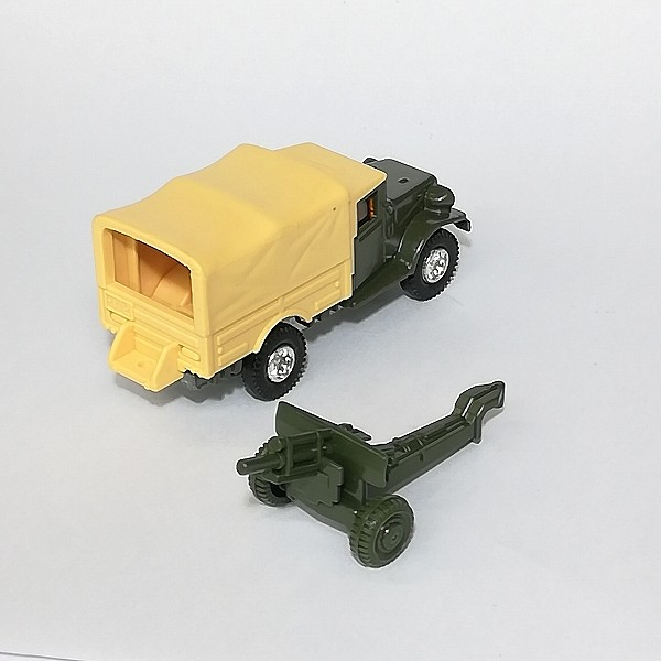 トミカ 黒箱 69 トヨタ 自衛隊 トラック_3
