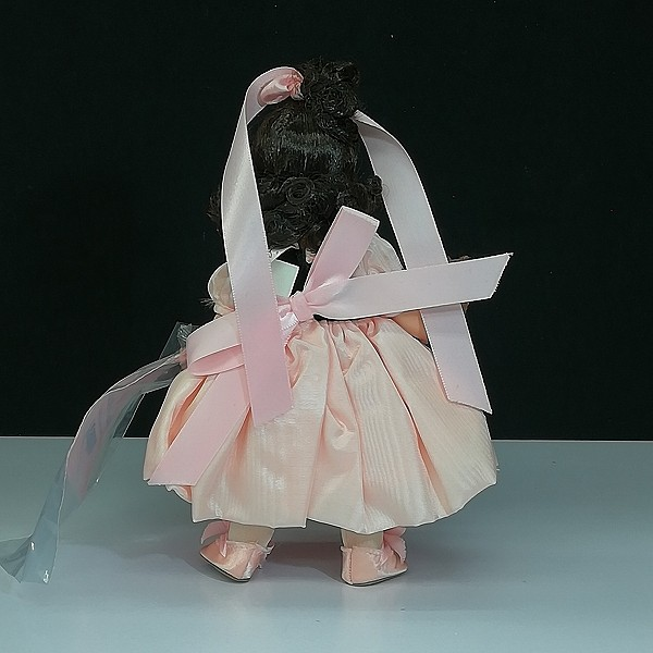 マダムアレクサンダー リトルミスマギー ドール 人形_2