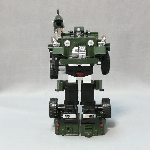 旧タカラ トランスフォーマー 02 サイバトロン 偵察員 ハウンド_3