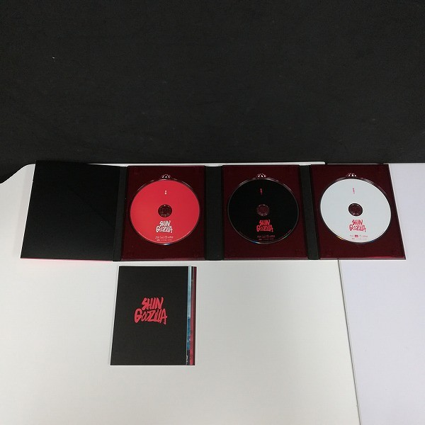 シン・ゴジラ Blu-ray 特別版 3枚組 + Blu-ray/DVD GODZILLA(2014) 完全数量限定生産5枚組_2